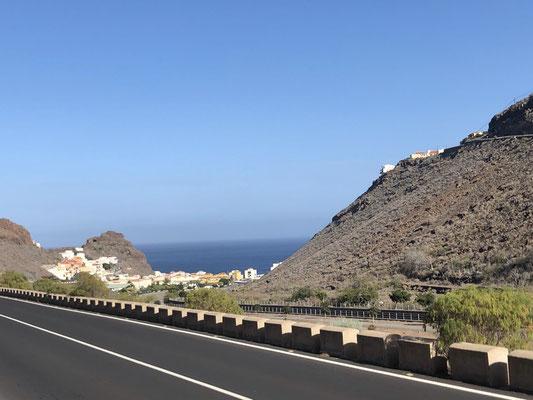 Street to Playa Santiago - La Gomera