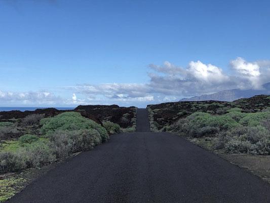 Endless appearing street on El Hierro