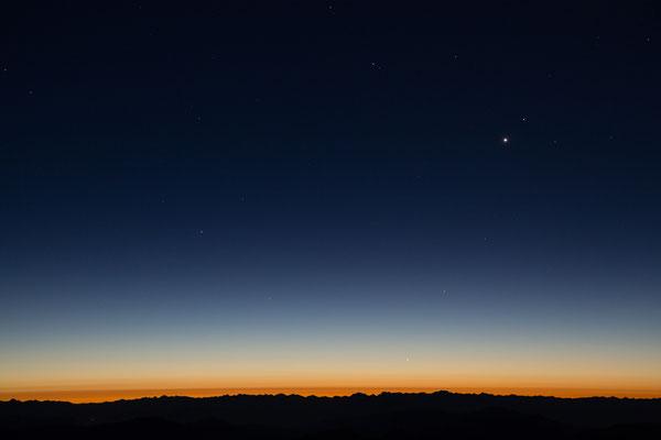Vor Sonnenaufgang am Mont Ventoux