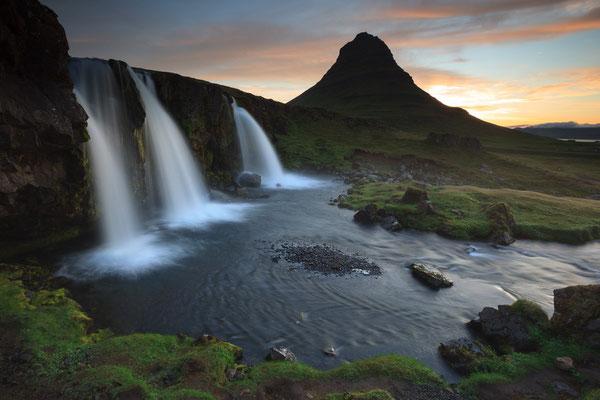 Kirkjufell und Kirkjufellsfoss - Island