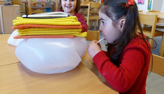 Pneumatik: Mit Pusten lassen sich auch schwere Gegenstände hochheben