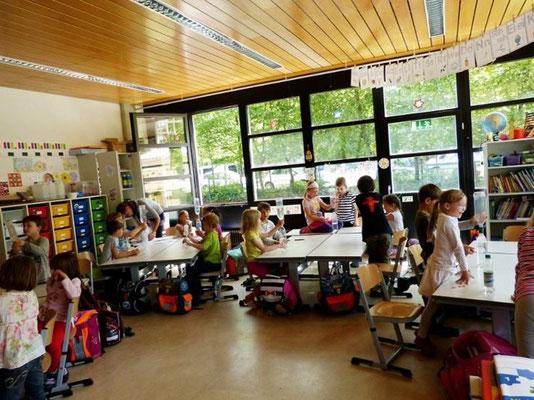 Experimente im Klassenzimmer: 20 Tornados unter einem Dach!