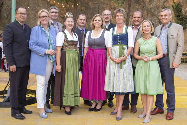 Ehrengäste beim Röschitzer Winzerfest