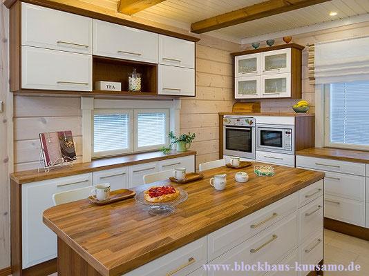Küche im Blockhaus  -  © Blockhaus Kuusamo