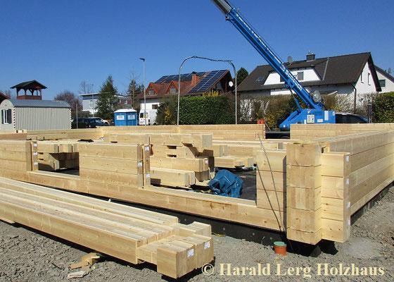 Montage - Blockhausbausatz - Bausatz - Holzbausatz