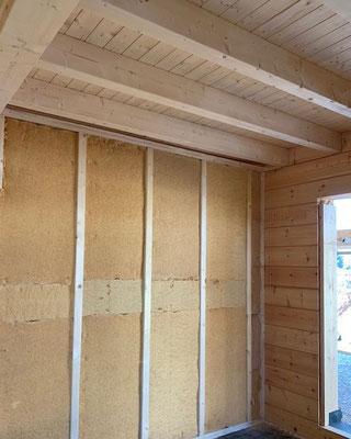 Ökologisch Bauen - Gesundheitlich unbedenkliche Holzfaserdämmung