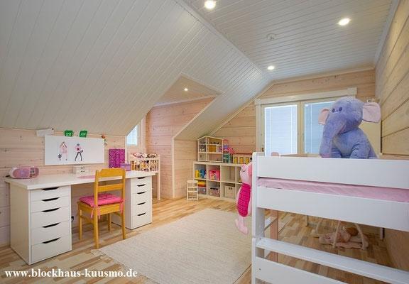 Kinderzimmer im Holzhaus in massiver Blockbauweise - Massivholzhaus