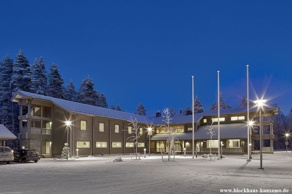 Hotel im Blockhaus für 55 bis 60 Feriengäste