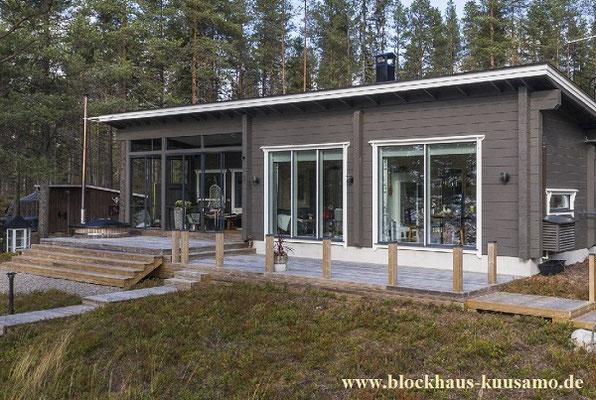 Kleines Blockhaus (Wohnhaus) - Singlehaus mit Pultdach