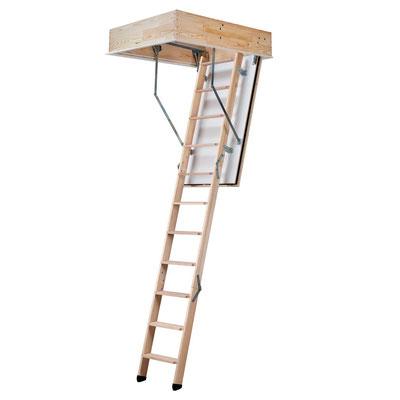 Hausbau - Holzbau - Innenausbau - Bodentreppe aus Holz - Foto HolzLand