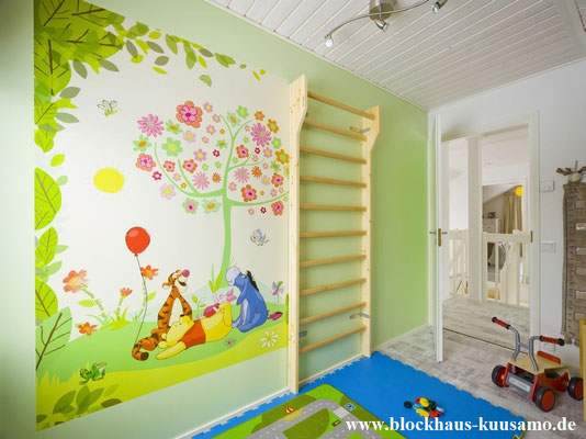 Kinderzimmer im Massivblockhaus  -  © Blockhaus Kuusamo