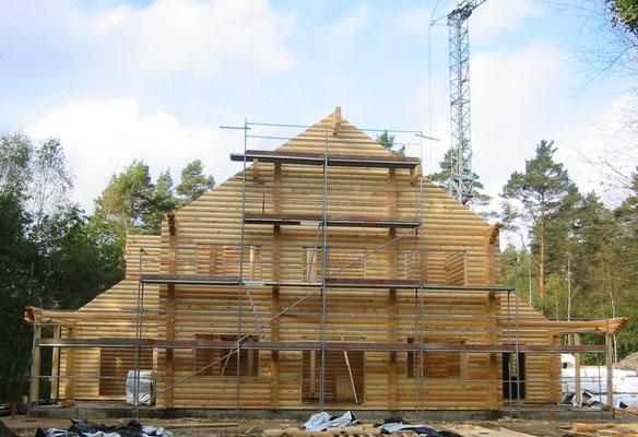 Blockhausbau - Blockbohlenhaus mit Montage - Bausatz - Blockhaus selber bauen - Holzhäuser - Zimmerei