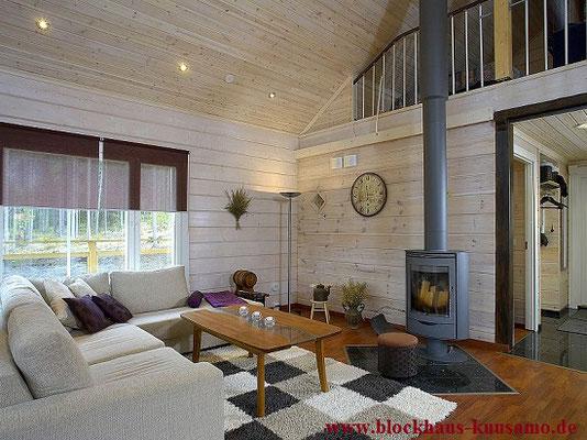 Kamin im Holzhaus - © Blockhaus Kuusamo