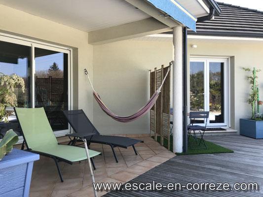 La terrasse côté terrasse , Escale en Corrèze .