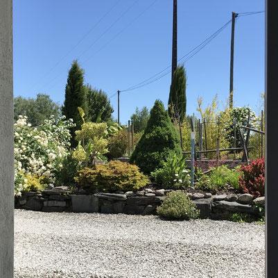 Vue de la chambre côté jardin.