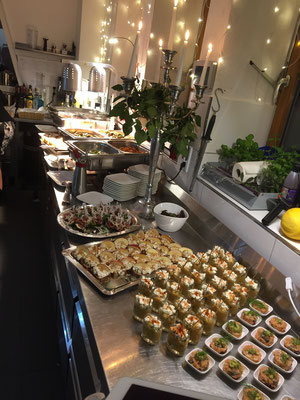 Warm-Kaltes Tapas Buffet