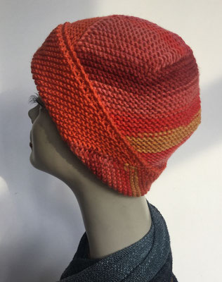 Wi 105 - High-Tech Supermodell  gestrickt - Orange-Töne - Kopfbedeckung nach Chemo