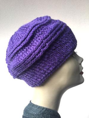 Wi 75 - Kopfbedeckung nach Chemo - Wintermodelle - Kreisel gehäkelt - violett