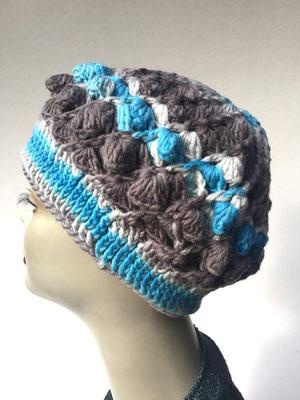 Wi 59f - Kopfbedeckungen nach Chemo - Winterrmodelle -  Artischocke gehäkelt- weiss hellblau grau