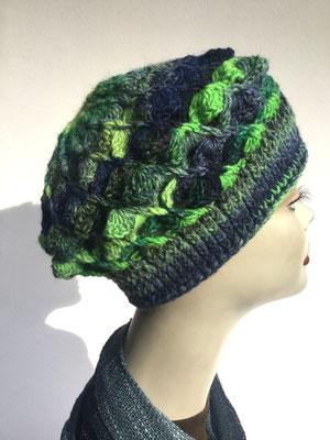 Wi 59 - Kopfbedeckungen nach Chemo - Winterrmodelle -  Artischocke gehäkelt - Grüntöne