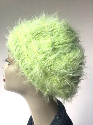 Wi 76 - Kopfbedeckung nach Chemo - Winterrmodelle - Kreisel gehäkelt - kuschelig giftgrün