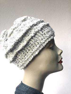 Wi 79d - Kopfbedeckung nach Chemo - Wintermodelle - Kreisel gehäkelt- kaltes Weiss