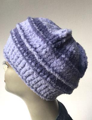 Wi 79h - Kopfbedeckung nach Chemo - Wintermodelle - Kreisel gehäkelt -  helle Violett-Töne