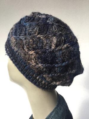 Wi 69c  - Kopfbedeckung kaufen - Artischocke gehäkelt weniger Volumen - dunkel blau braun gemustert