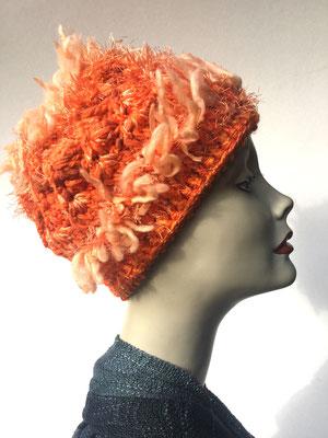 Wi 62 - Kopfbedeckung kaufen  - Artischocke gehäkelt weniger Volumen - orange mit Effektstreifen