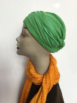 Modell G41 - Kopfbedeckungen nach Chemo - Baumwollschlauch oder Seidenjersey-Foulard als Chäppli grün