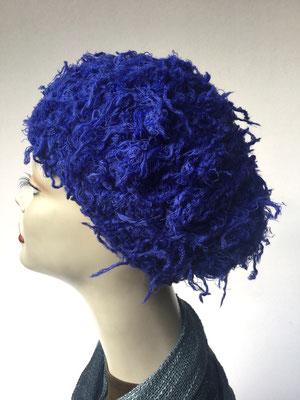 Wi 59d - Kopfbedeckungen nach Chemo - Winterrmodelle -  Artischocke gehäkelt- Königsblau