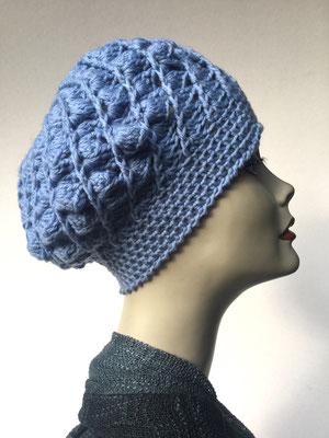 Wi 57 - Kopfbedeckungen nach Chemo - Winterrmodelle -  Artischocke gehäkelt - hellblau