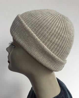 Wi 98 - Vreni Lorenzini - Kopfbedeckungen kaufen- Wintermodelle - Melone gestrickt - weisslich