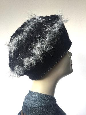 Wi 50 - Kopfbedeckungen nach Chemo - Winterrmodelle -  Artischocke gehäkelt - schwarz mit Silber