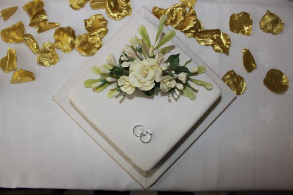 Jersey Wedding Cake