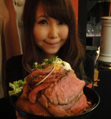 ローストビーフ丼、レッドロック,大食い