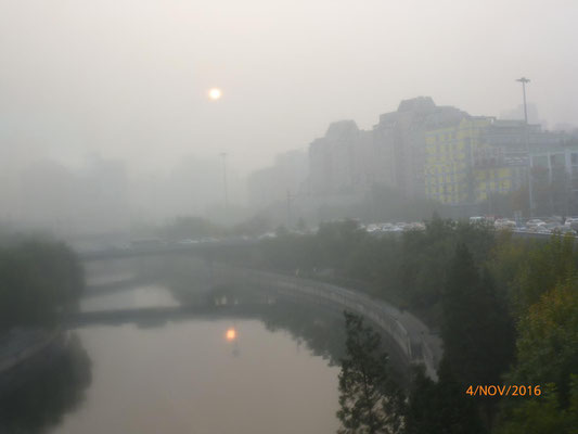 Am Morgen des Abreisetages lag Peking im Smog. Da fiel der Abschied ein bisschen leichter!