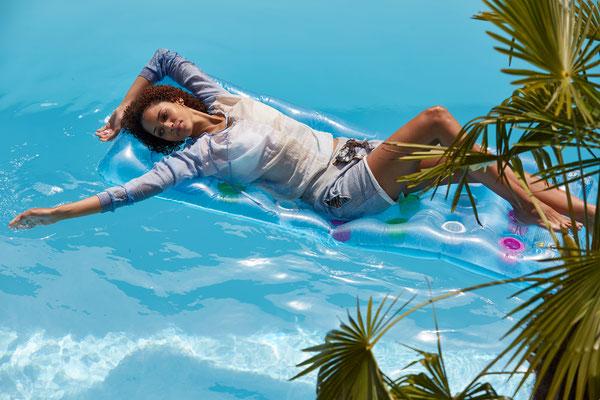 Blouse Palau, Hotpants blue
