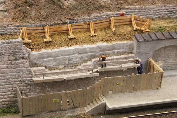 08.08.2013 Nun zur oberen Baustellenabsicherung.