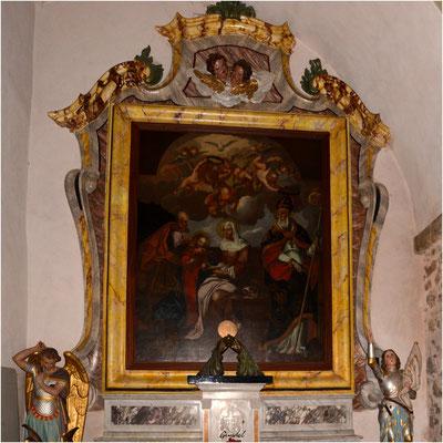Une chapelle latérale