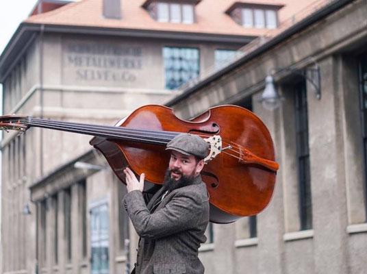Danny Hertach (CH) - Bass