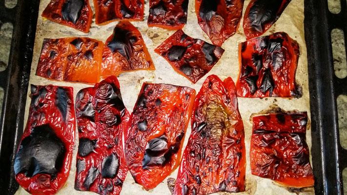 So sollten die Peperoni nach dem Grillieren aussehen.