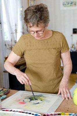 Martine SAINT ELLIER dans son atelier