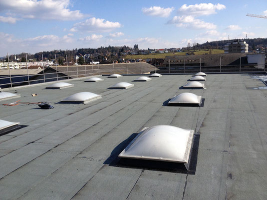 Dachfesnter - Kurt Strub Riken - Zimmerei | Dachbau | Spenglerei | Fassadenbau | Innenausbau