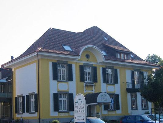 Villa im Park - Kurt Strub Riken - Zimmerei | Dachbau | Spenglerei | Fassadenbau | Innenausbau
