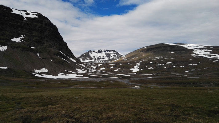 ...und wieder neue Berge