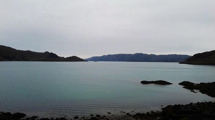 Der Skipsfjord im Regen