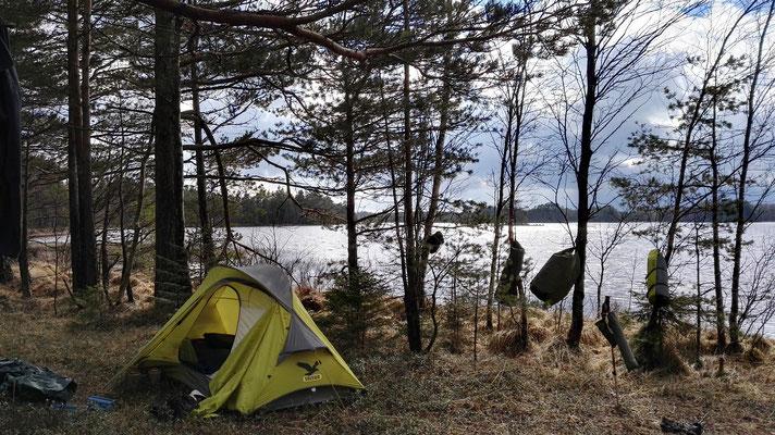 Windiger Schlafplatz am Stönjasjön