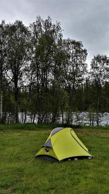 Nachmittags auf dem Campingplatz in Tärnaby klart es ein wenig auf