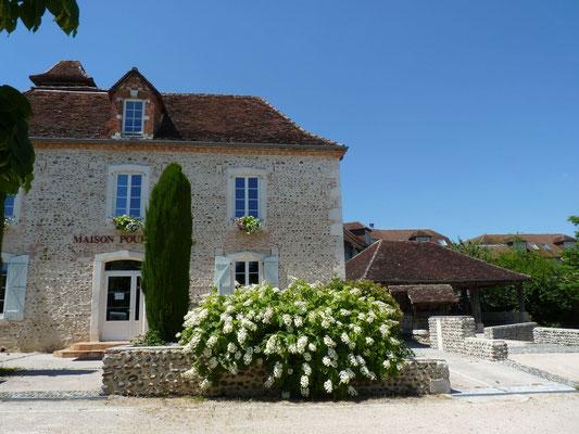 Bourg authentique de Sauvagnon Tourisme Nord Béarn
